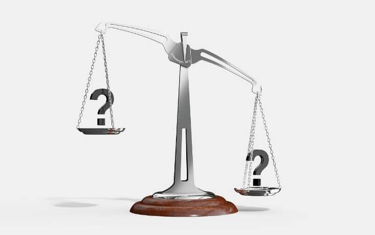 優性と劣性の遺伝子が決まる比重を表す天秤