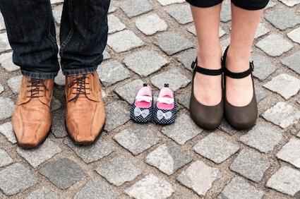両親と、生まれてくる娘用の靴
