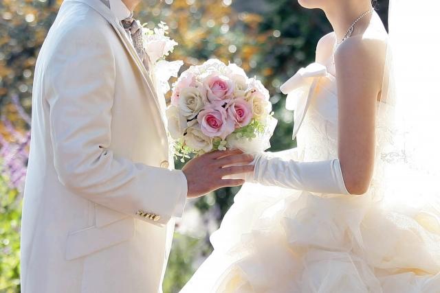 結婚式で誓いのキッスの直前